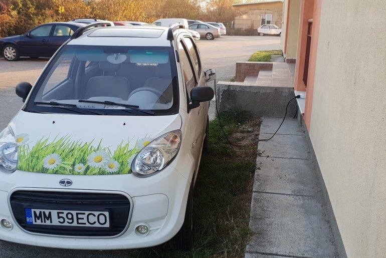 proprietar masina electrica